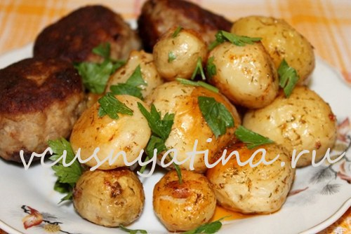 Запеченный молодой картофель: вкусные рецепты приготовления