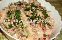 простой салат с курицей