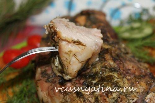 Мясо запеченное в фольге целым куском