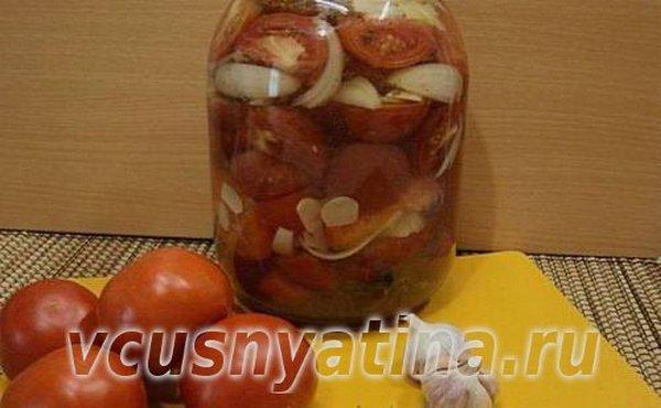 помидоры консервированные дольками с луком и маслом на зиму