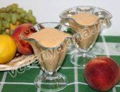 Смузи из персиков с йогуртом
