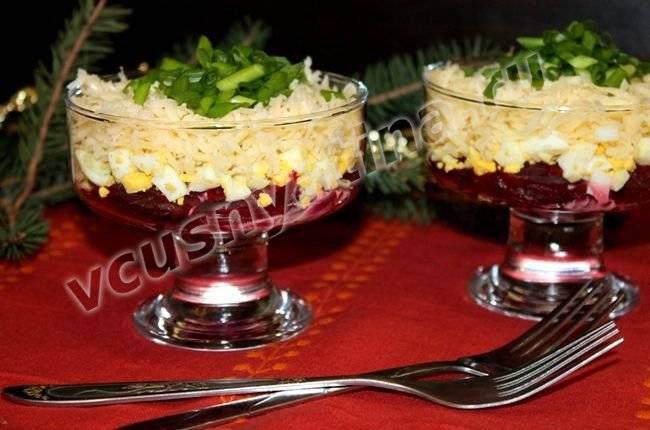 Свекольный салат с сыром на Новый год