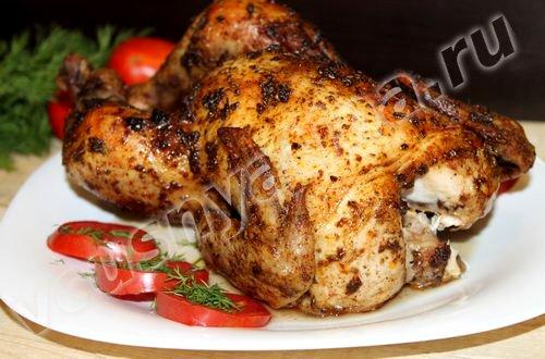 Целая курица запеченная в духовке в специях на Новый год