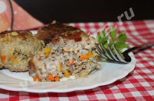 Котлеты с мясом, овощами и маком