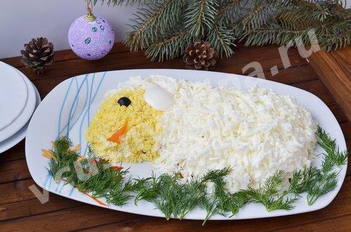 новогодний салат в виде овечки
