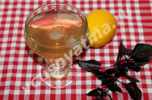 Напиток из базилика и лимона