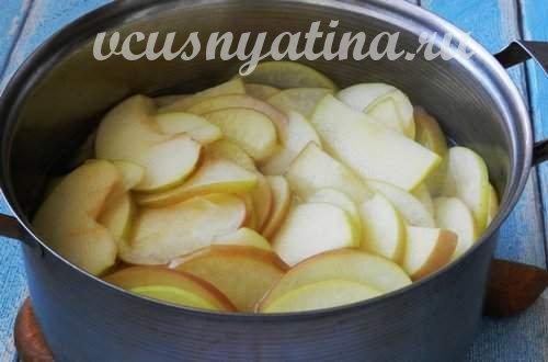 проварить яблоки в сиропе