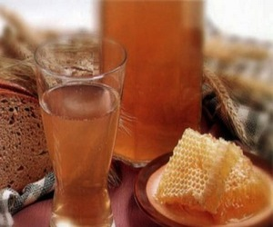 хлебный квас с медом