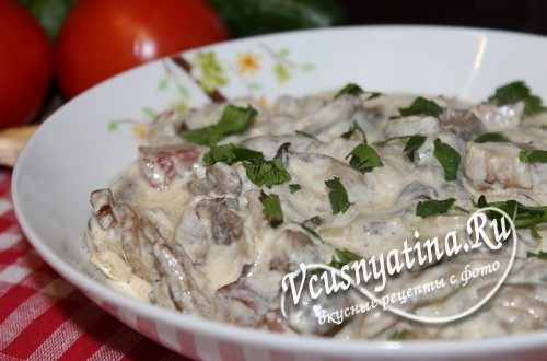 Вешенки с беконом в сливочном соусе – рецепт с фото