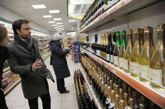 kak vybrat shampanskoe2