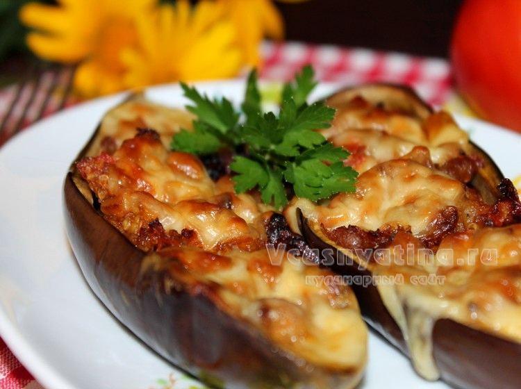 Баклажаны с овощами и сыром сулугуни