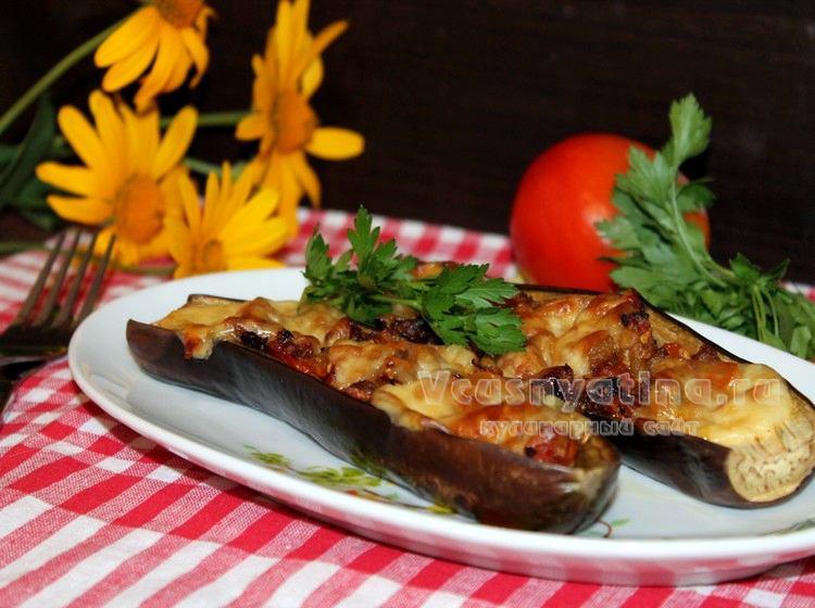 Баклажаны фаршированные овощами и запеченные в духовке
