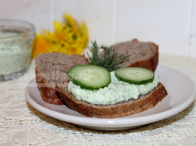 Рецепт творога с огурцом и зеленью