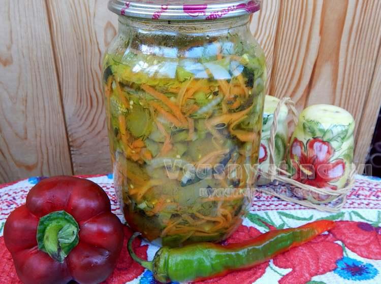 Штрудель яблочный рецепт из готового слоеного теста с орехами и изюмом