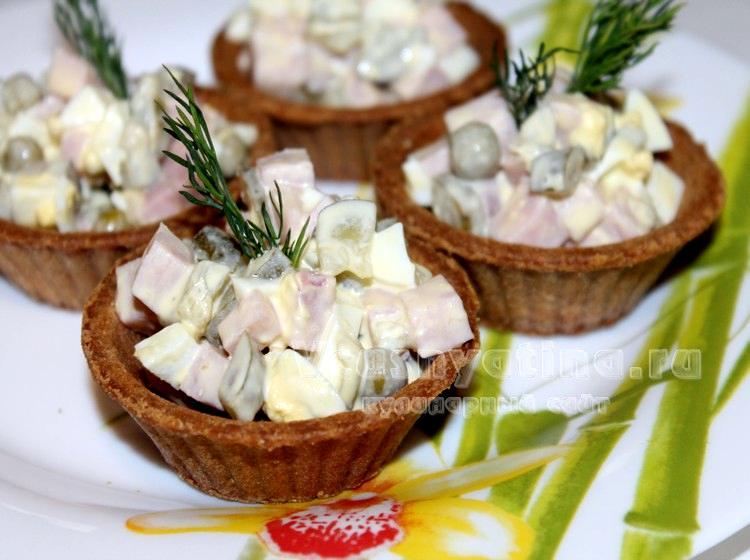 Как приготовить ветчинный салат в тарталетках