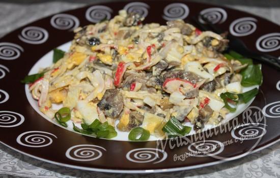 Салат с жареными крабовыми палочками без грибов рецепт 161