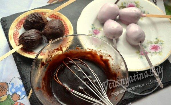 смешиваем темный и молочный шоколад