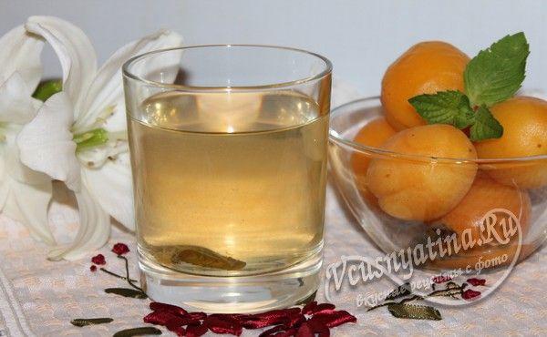 компот из абрикосов на зиму с мятой