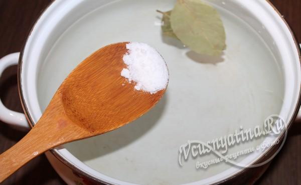 вода для грибного супа