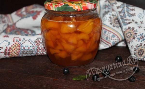 готовое варенье с персиками