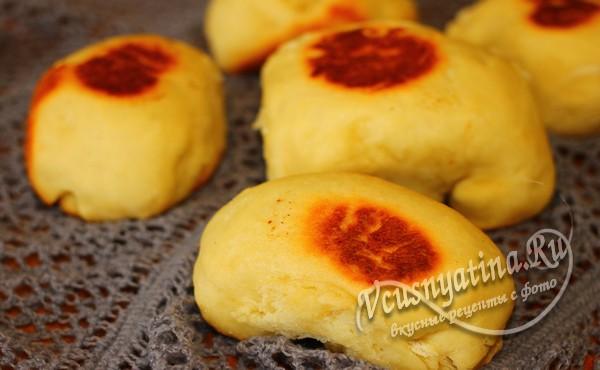 закусочные булочки в мультиварке готовы