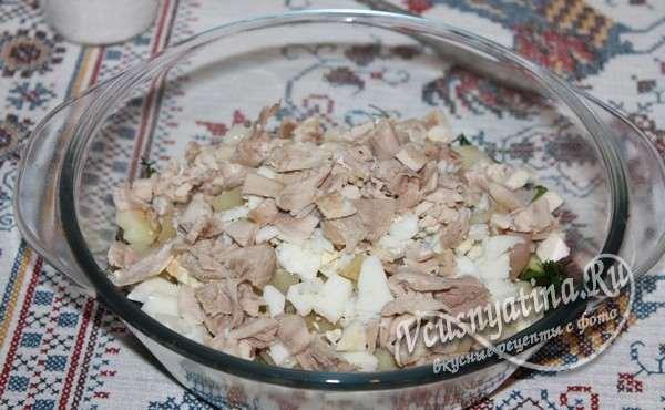 добавить нарезанное мясо
