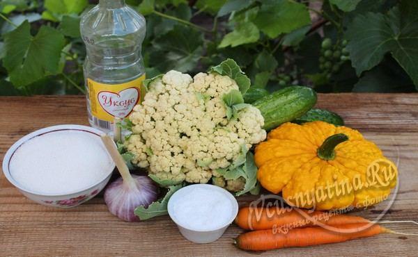 продукты для ассорти из овощей