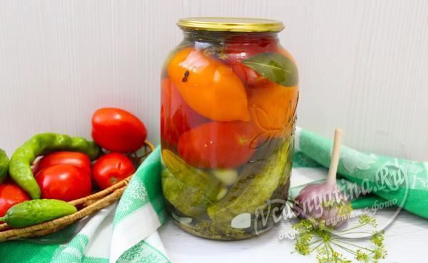 маринованные огурцы и помидоры вместе