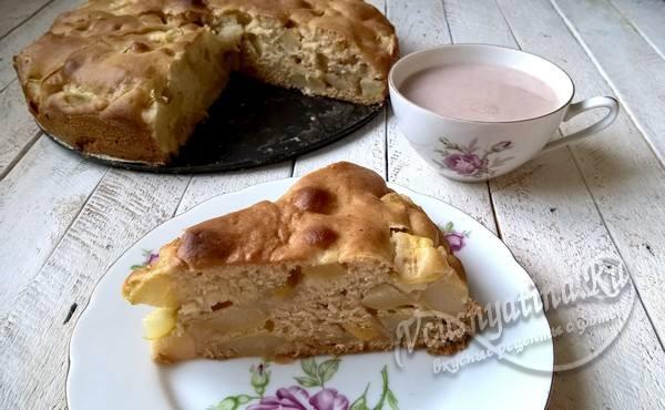 пирог с грушами и медом готов