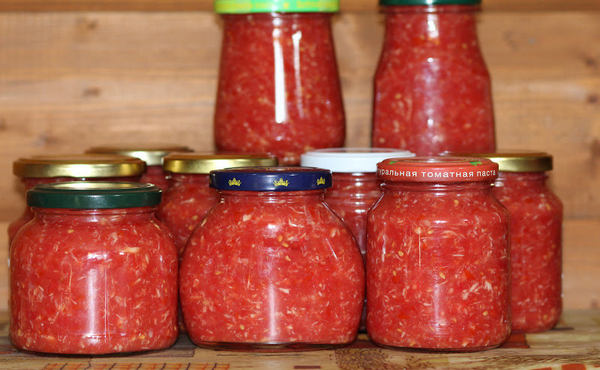 9 лучших рецептов хреновины с помидорами и чесноком на зиму