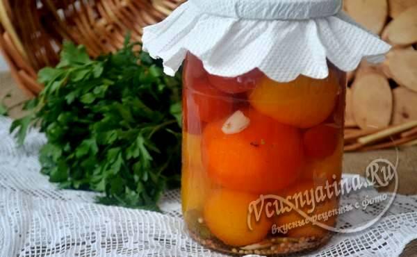 Маринованные помидоры: рецепт на зиму в банках с уксусом на 1 литровую