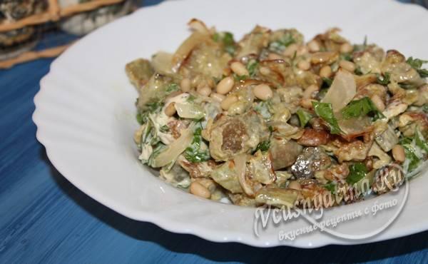 готовый салат с баклажаном
