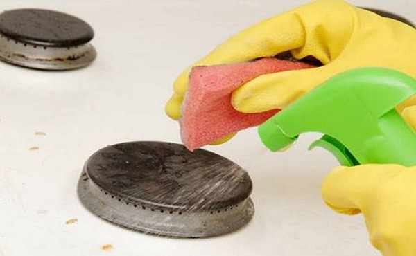 Как почистить конфорки и форсунки на газовой плите – рабочие способы