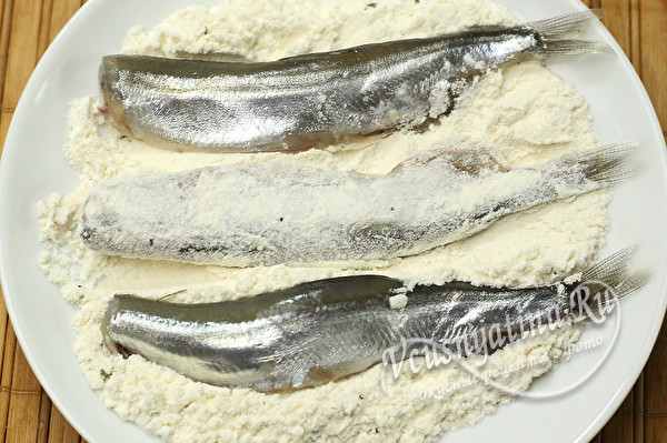 запанировать рыбу в муке