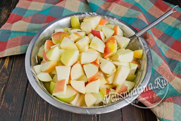 порезанные яблоки