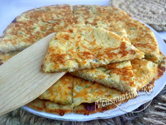 вкусные лепешки с сыром и творогом
