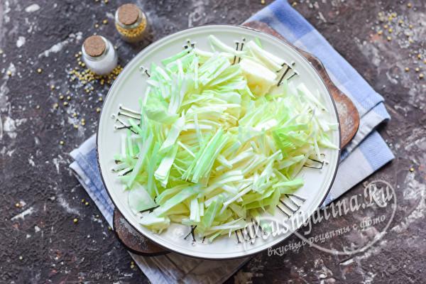 пошинковать капусту