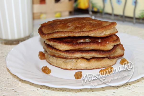 Оладьи на кефире с изюмом - рецепт пошаговый с фото