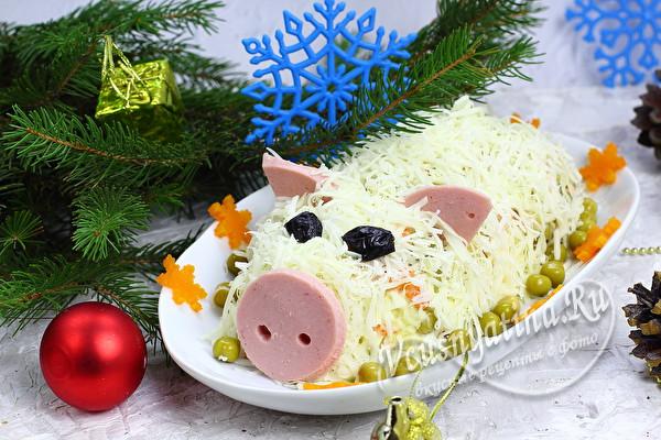 оливье в виде свиньи