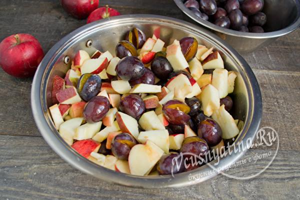 яблоки и сливы