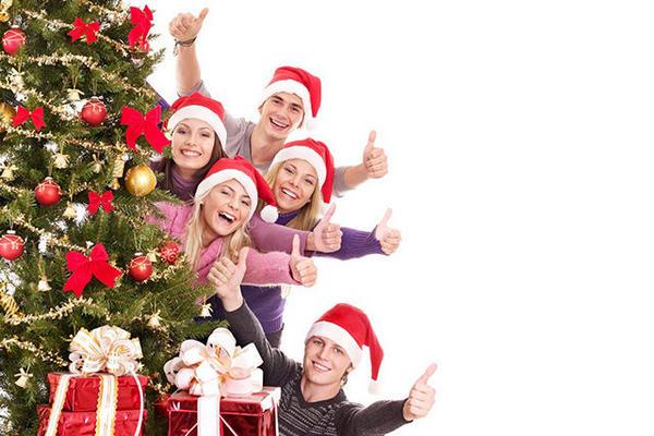 Как интересно провести Новый год 2021 дома с семьей или друзьями