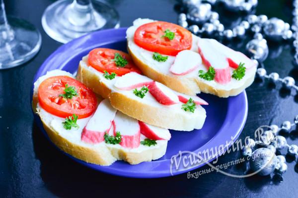 готовые бутерброды с крабовыми палочками