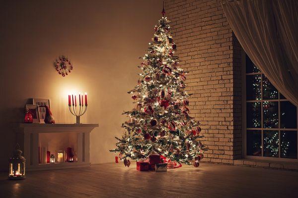 Как украсить елку 2019 года. Как украсить елку в 2019. Украшение елки в год Желтой Земляной Свиньи: идеи декора с фото