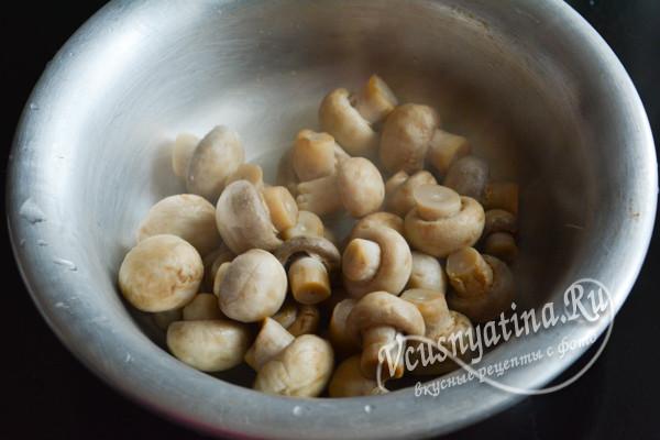 залить грибы маринадом