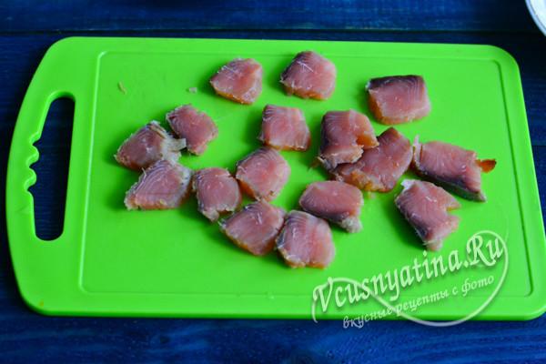 нарезать рыбу пластами