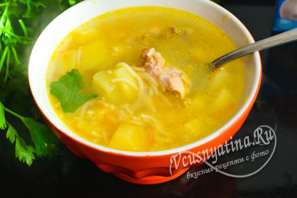 суп из курицы с времишелью