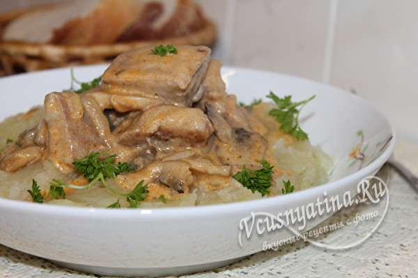 свинина с грибами и пюре