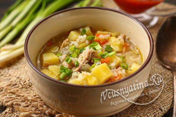 рыбный суп с рисом и картошкой