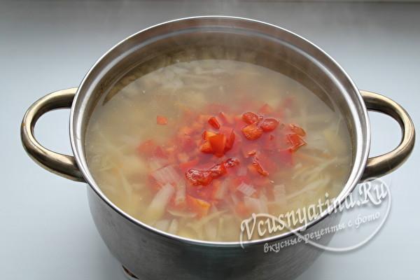 закладываем томаты