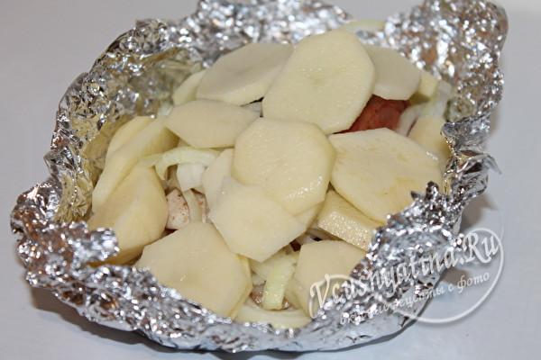 добавить картофель к рыбе
